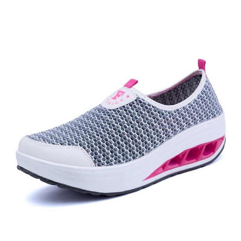 TripleClicks.com: Sports Women Running Sneakers